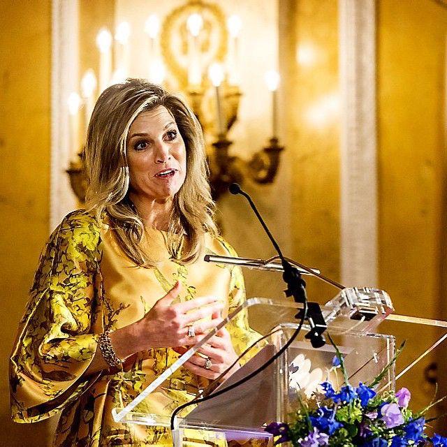 21-05-2015 Koningin Maxima reikt de Appeltjes van Oranje uit op Paleis Noordeinde in Den Haag.  #queenmaxima #queen #netherlands #dutch #koninginmaxima #koningin #nederland #appeltjesvanoranje #paleisnoordeinde #denhaag #maxima