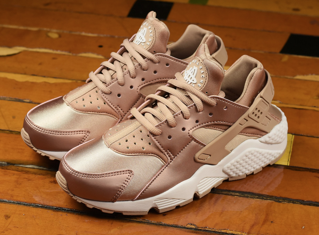 Rose Gold Coats This Nike Air Huarache | Adidas shoes women ...
