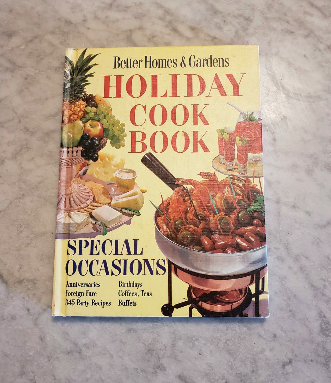 32ce12858c2b86b4090e30307cdf8d31 - Better Homes And Gardens Holiday Cookbook