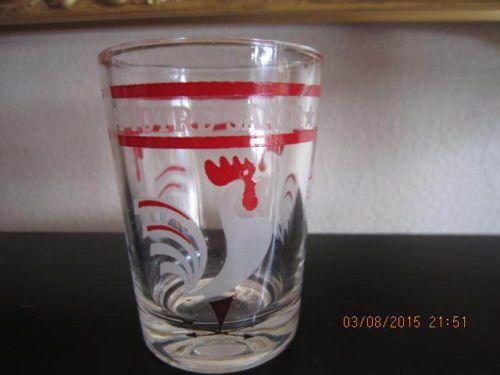 Set-of-3-Vintage-1940s-Hazel-Atlas-Juice-Glasses-w-White-Roosters-4-oz