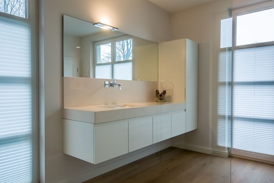 Rückwand Badezimmer ~ Naturstein badezimmer waschtisch rueckwand crema beida kalkstein