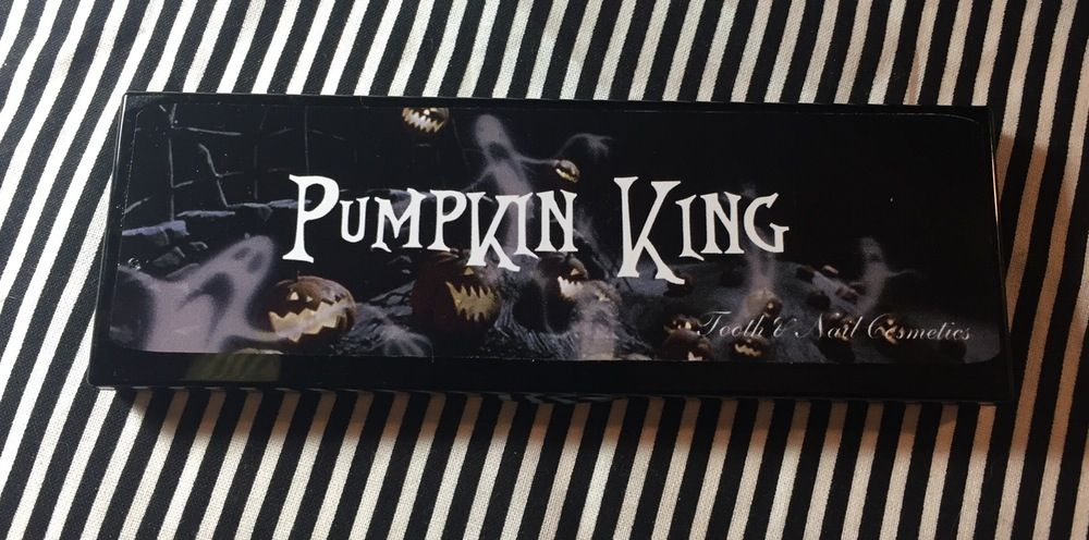 Nightmare Before Christmas Eyeshadow Palette- \