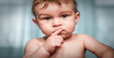 التعري من الملابس في الحلم تفسير رؤية العري في المنام لابن سيرين والنابلسي وابن شاهين In 2020 Baby Weaning Gentle Parenting Baby Skin Care