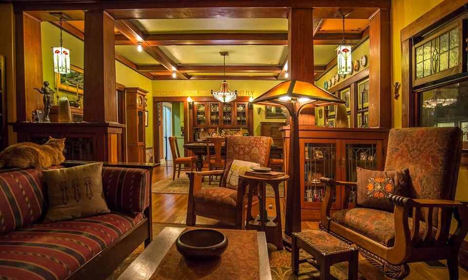 Arts crafts craftsman bungalow historic fairmount district fort worth texas stacy - Craftsman style house interior ...