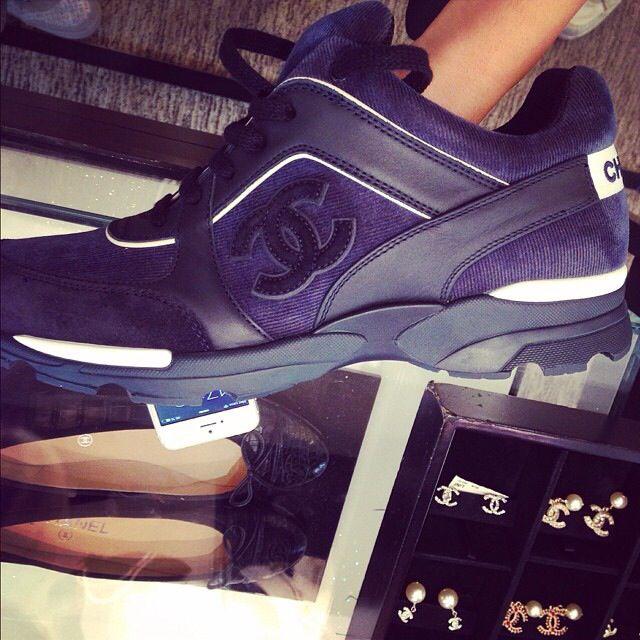 Chanel Gym Fashion, Chanel Purse, Gym Style, Coco Chanel, Casual Shoes, bfcdacda8f6