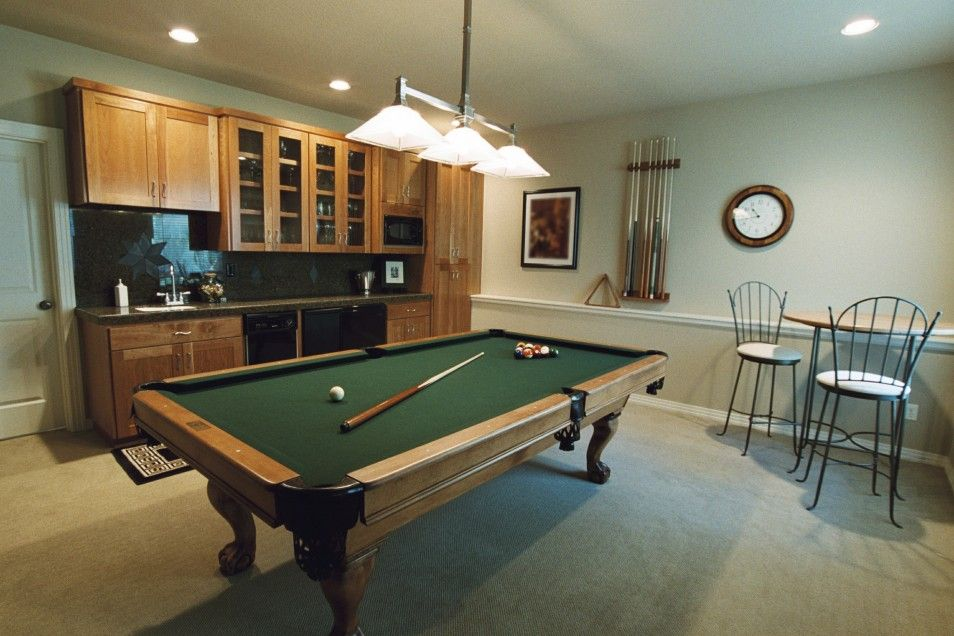 The Attractive Amusing Basement Family Room Decoration In Cool Game
