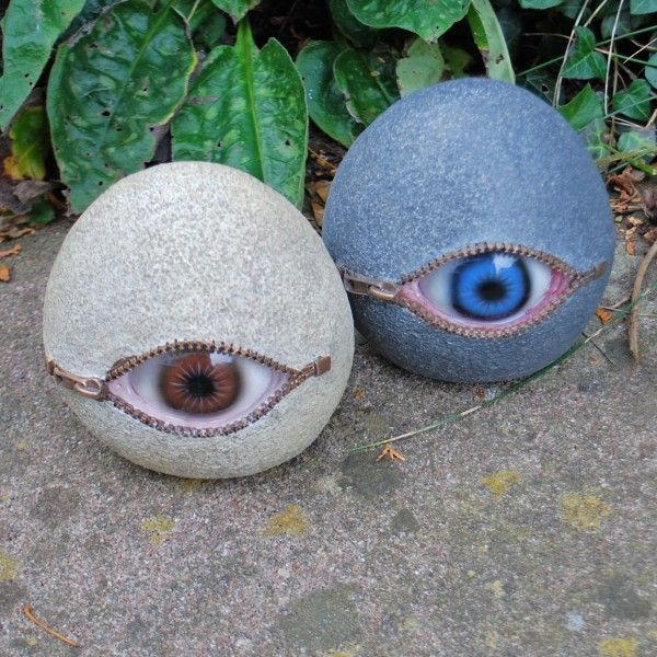 eyeball stone garden ornaments interesting and kind of. Black Bedroom Furniture Sets. Home Design Ideas