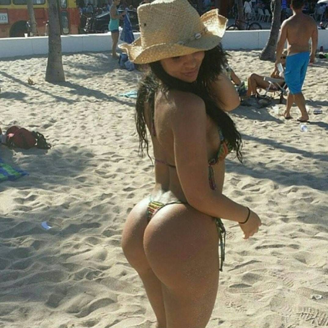latina hot ass