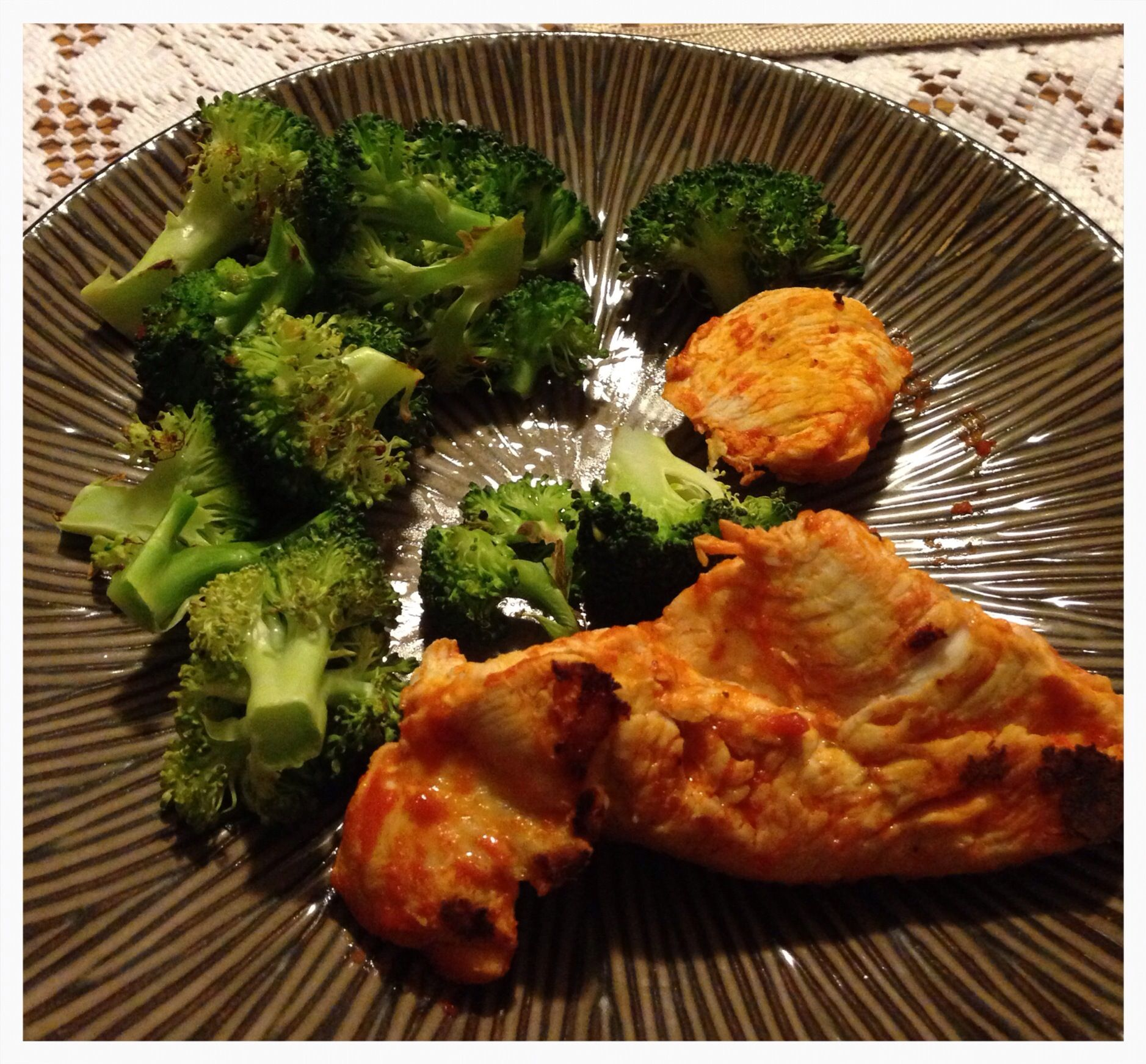 Need some crunch or a kick to dinner? Spicy chicken & crunchy broccoli should do it! Pan sear chicken breast on stovetop in Franks Red Hot Sauce. Roast broccoli in oven on 450 degrees for 8-10 min. Enjoy!