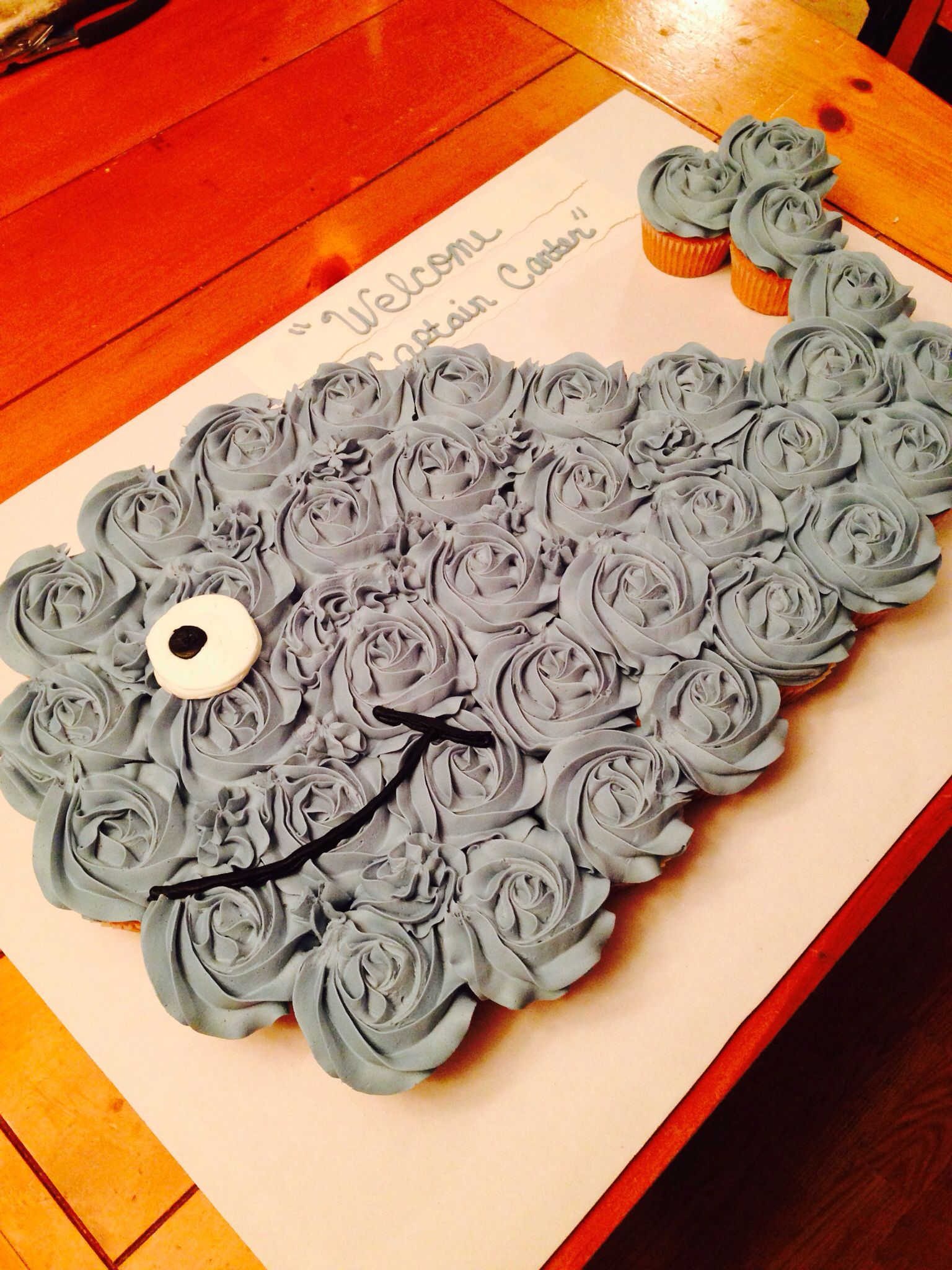 Whale Cupcake Cake These Are The Best Pull Apart Cake Ideas