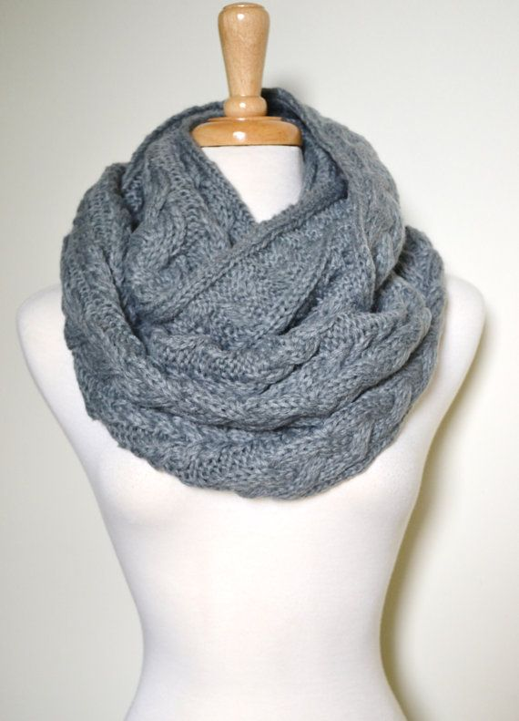 Chunky Knitted Loop Infinity Circle Scarf Cable Pattern