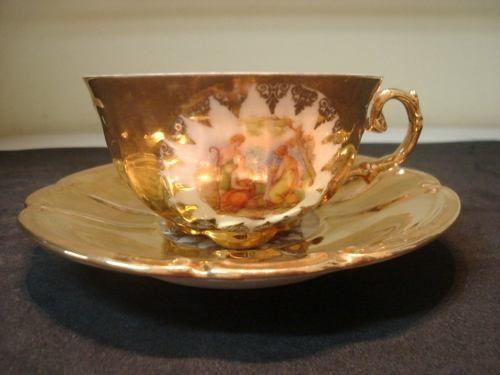Xícara De Chá De Porcelana Com Ouro - Antiga!!! - R$ 90,00 no MercadoLivre