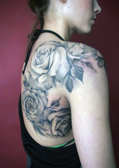 Tatuaże Damskie Róże Na Plecach Tattoos Tatuaże Pomysły