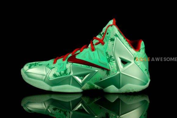 Nike LeBron 11 Christmas Detailed Pictures Shoe box Pinterest