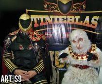 Tinieblas Y Aluche Fotografia De Personas Lucha Libre