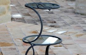 Little table vortex Wrought iron table handmade, with 2 crystal tops