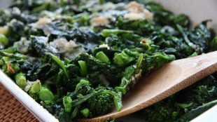 Mark Bittman combines greens with spicy-sweet garlic and rich, salty cheese. #markbittmanrecipes Mark Bittman combines greens with spicy-sweet garlic and rich, salty cheese. #markbittmanrecipes Mark Bittman combines greens with spicy-sweet garlic and rich, salty cheese. #markbittmanrecipes Mark Bittman combines greens with spicy-sweet garlic and rich, salty cheese. #markbittmanrecipes Mark Bittman combines greens with spicy-sweet garlic and rich, salty cheese. #markbittmanrecipes Mark Bittman co #markbittmanrecipes