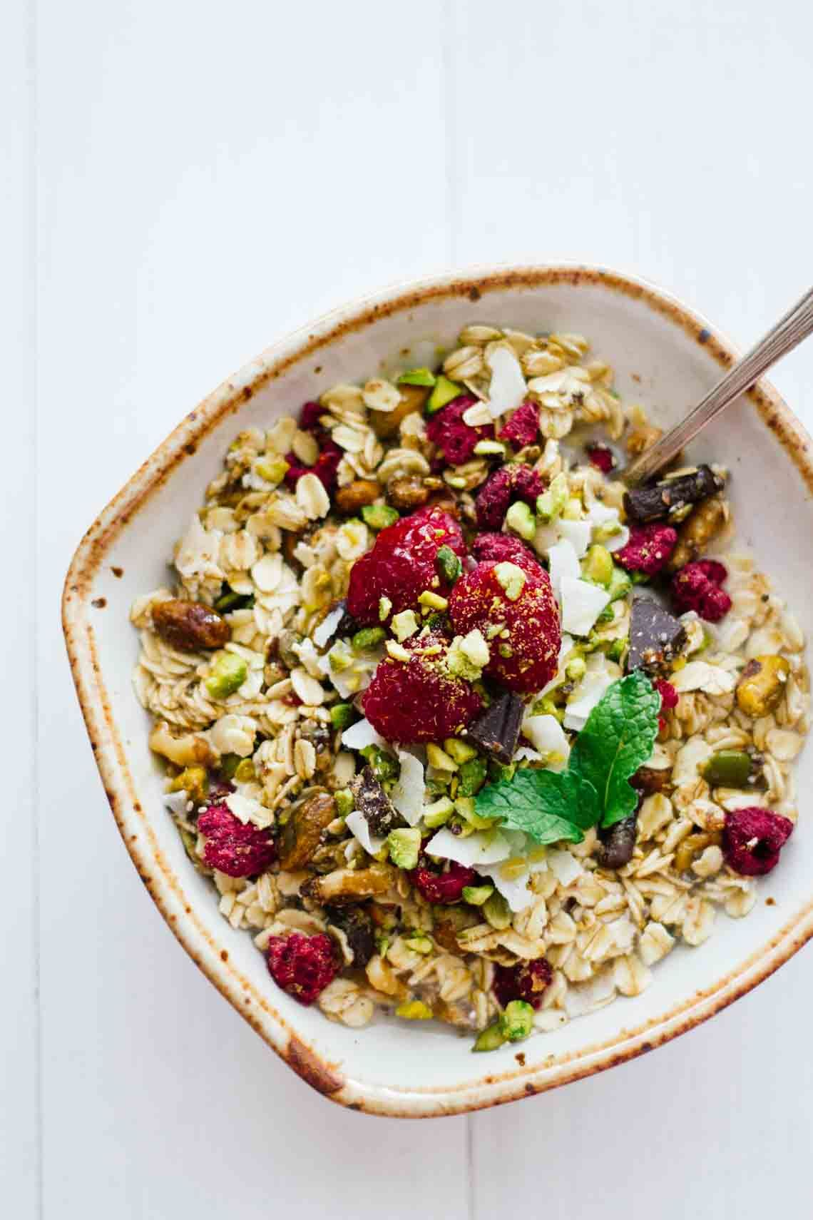 Homemade Chocolate Raspberry Muesli! Vegetarian, gluten-free, refined sugar free. An easy, quick, and healthy breakfast! Make this stuff in about 10 minutes and keep it in your pantry for 2 or more weeks!