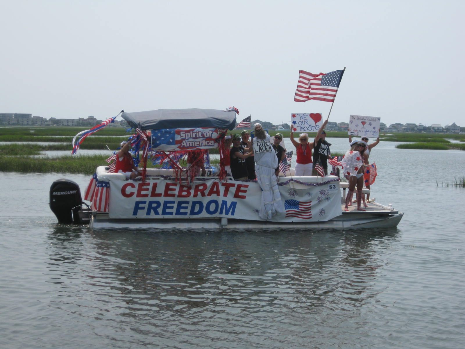 July 4th Boat Parade In Murrells Inlet Sc Boating Myrtle Beach
