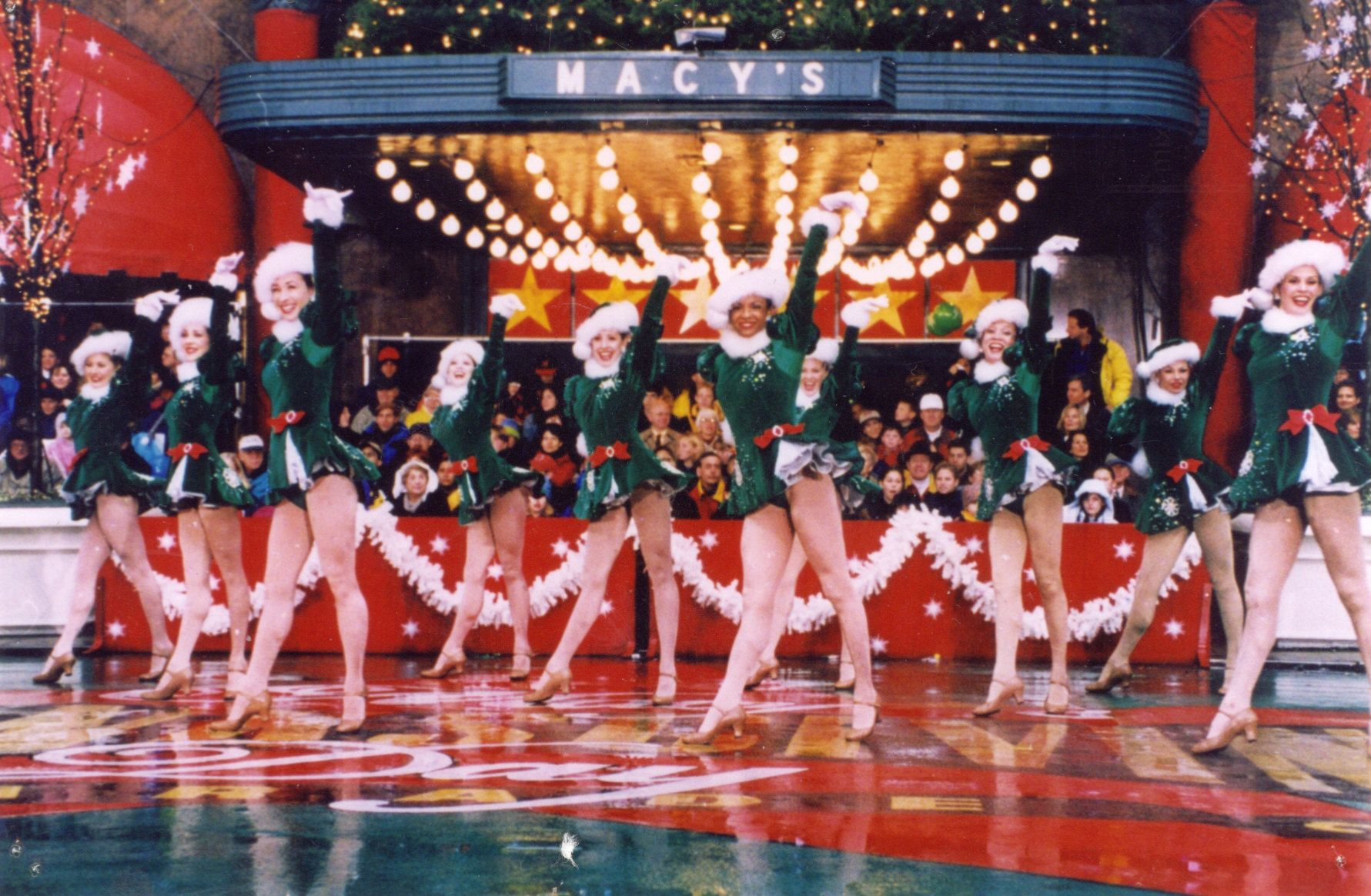 Rockettes See Them In Person Since I M Too Short To Be One Macy S Thanksgiving Day Parade Thanksgiving Day Parade Thanksgiving Parade