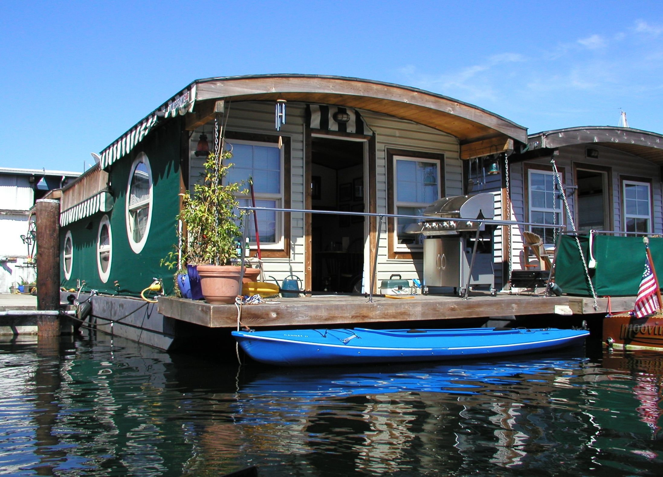 Lake Union House Boat One Of Several Lakes In Seattle Is The Heart City