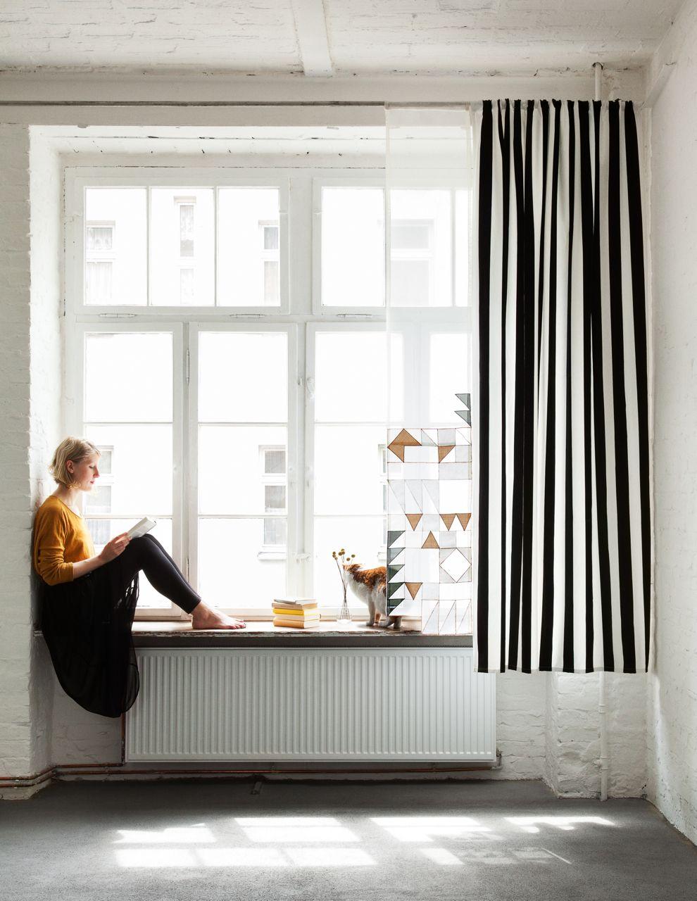 Grafisches Schmuckband mit Triangel-Design, kombiniert mit Schwarz ...