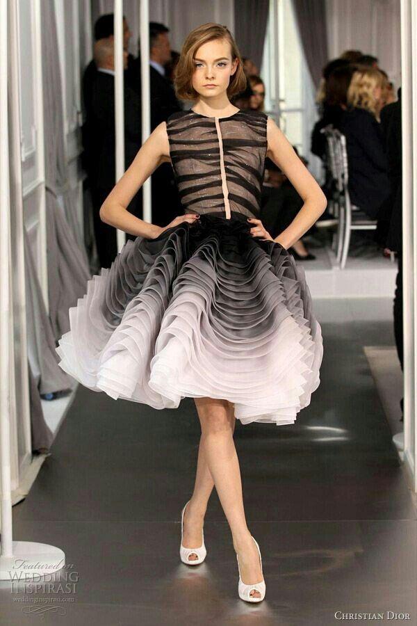 Pin by Rose on Fashion. | Fashion, Beautiful dresses, Dresses