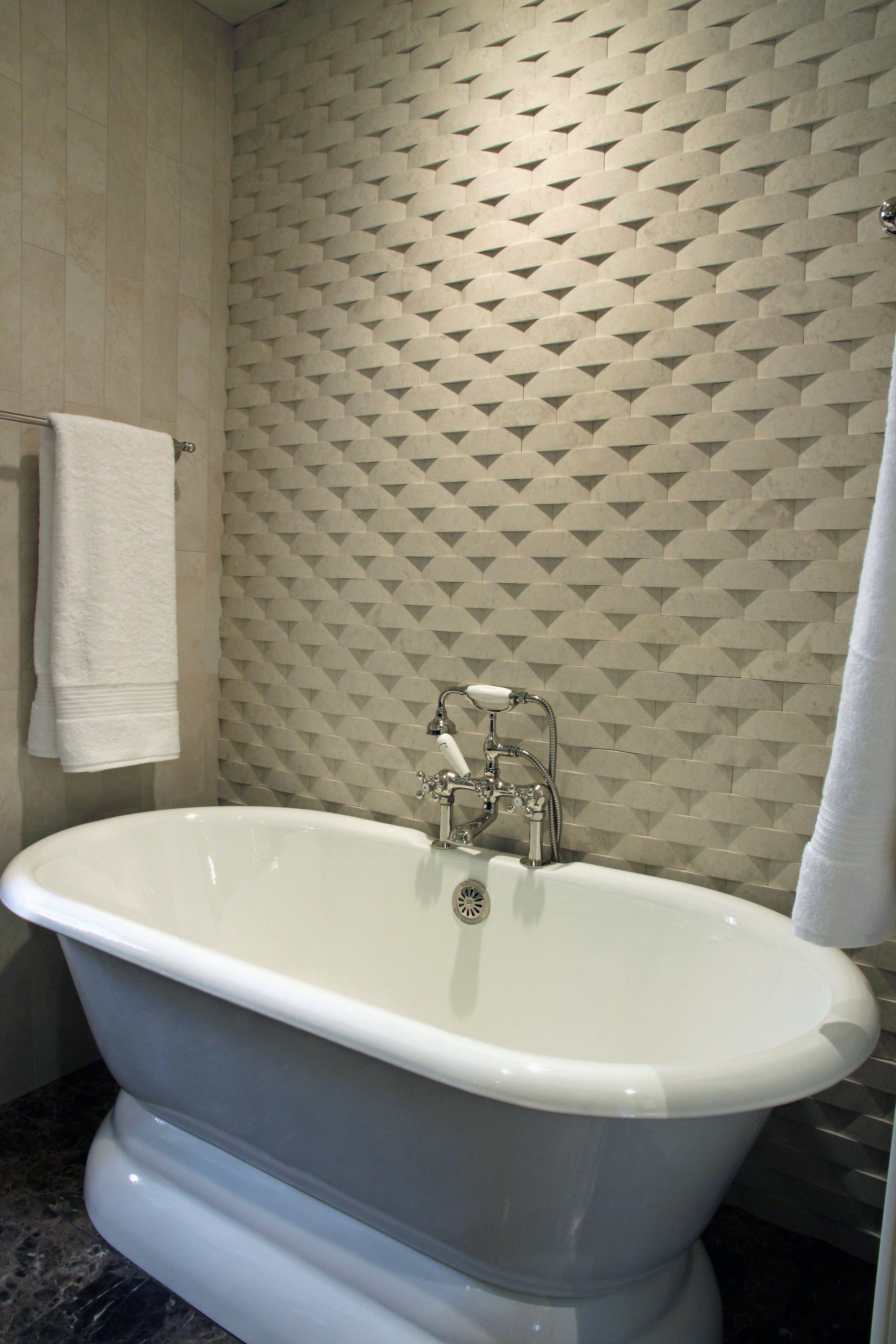 Feature Wall And Free Standing Bath Tub Create A Luxurious E