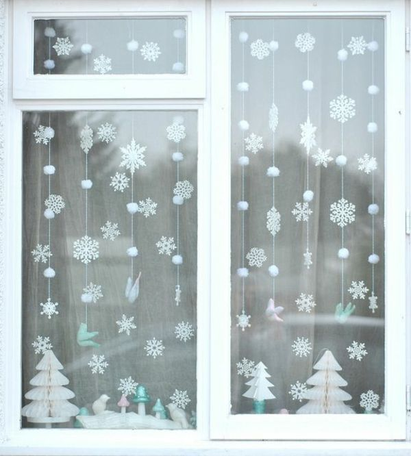fensterdeko weihnachten weihnachtlich dekorieren weihnachtsdeko ideen schule fenster winter. Black Bedroom Furniture Sets. Home Design Ideas