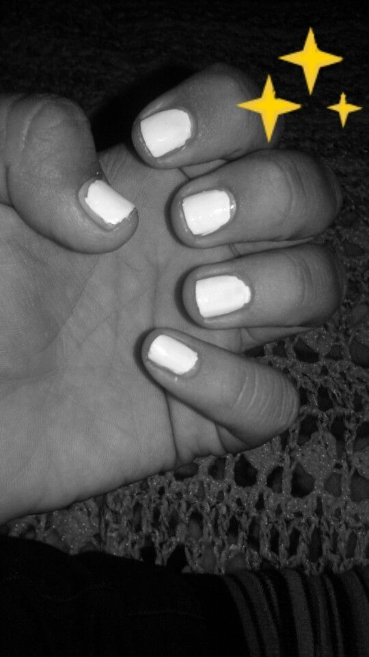 Alisha Marie Favorite Color Of Her Nails But In Almond Shape Nails Favorite Color Shapes