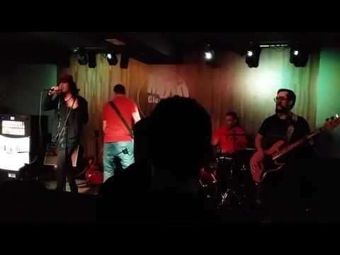 Subversia presentacion de su primer LP All in! EN EL PUB Mojo Club 5 de ...