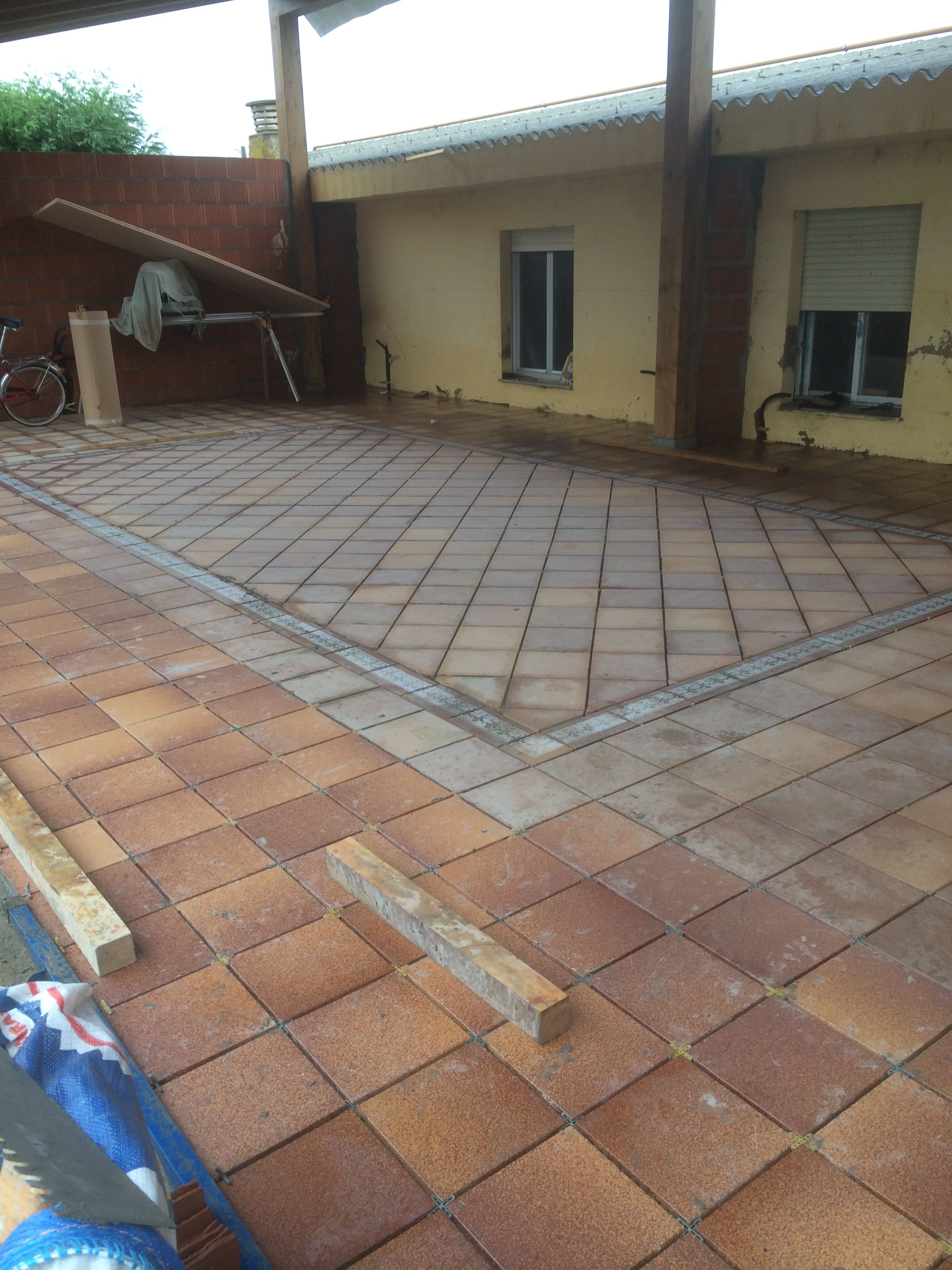 finalizamos la instalaci n del suelo de gres r stico en