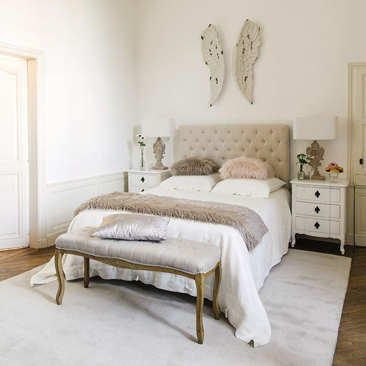 chambre blanc beige classique maisons du monde bedroom white greige chambres. Black Bedroom Furniture Sets. Home Design Ideas