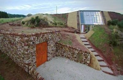 earth sheltered greenhouse home | Grand Designs (UK) - 08x11 Revisited: Underground House, Cumbria