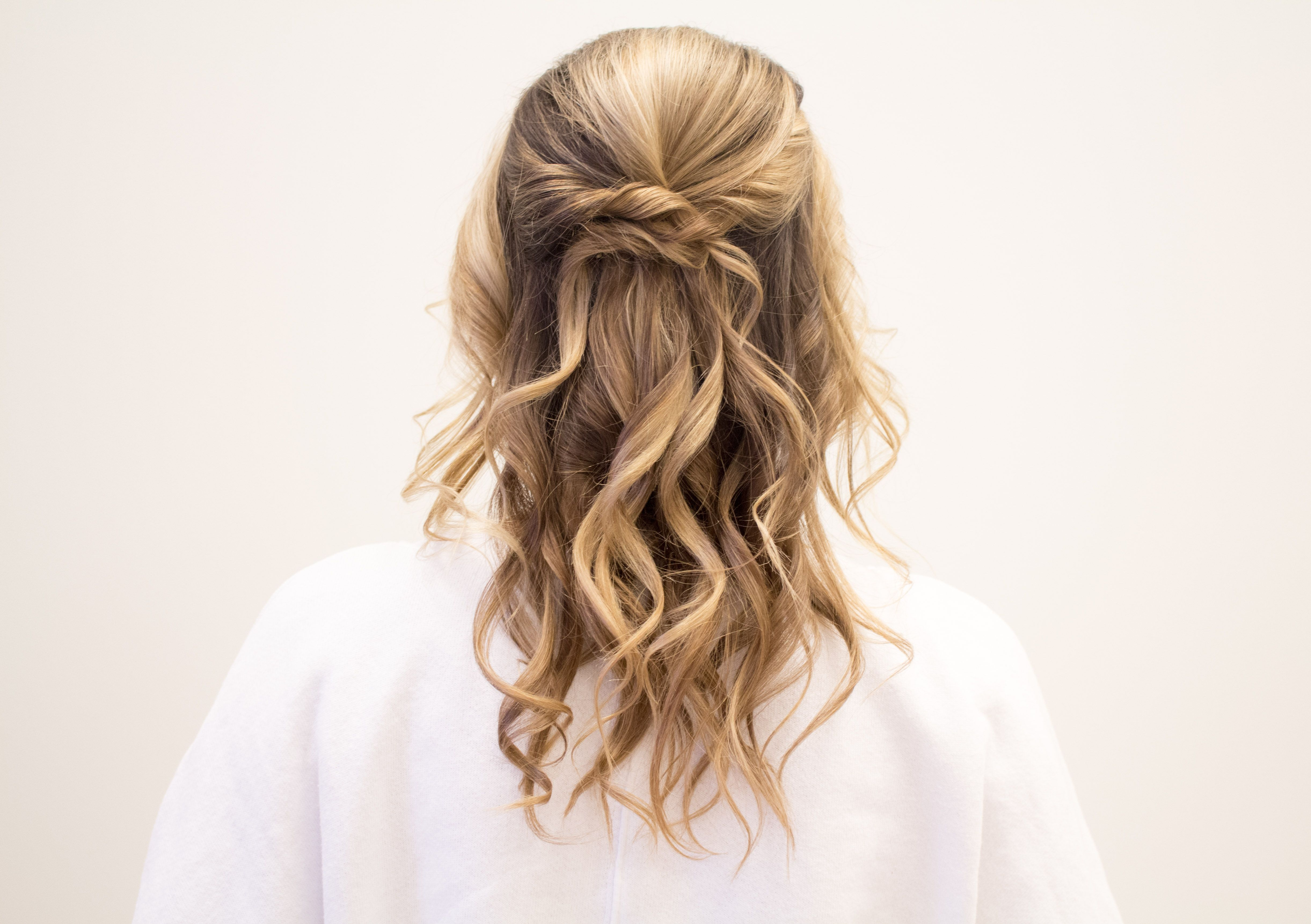 Easy Holiday Hair Styles With Hair Cuttery Holiday Hairstyles Easy Hair Updos Hair Styles
