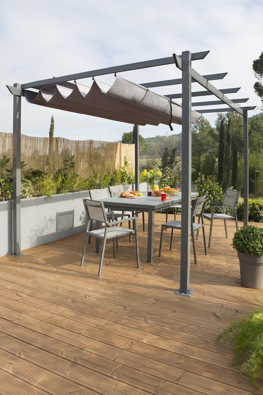 Une Terrasse Conviviale A L Abri Des Regards Pergola Outdoor Structures Outdoor