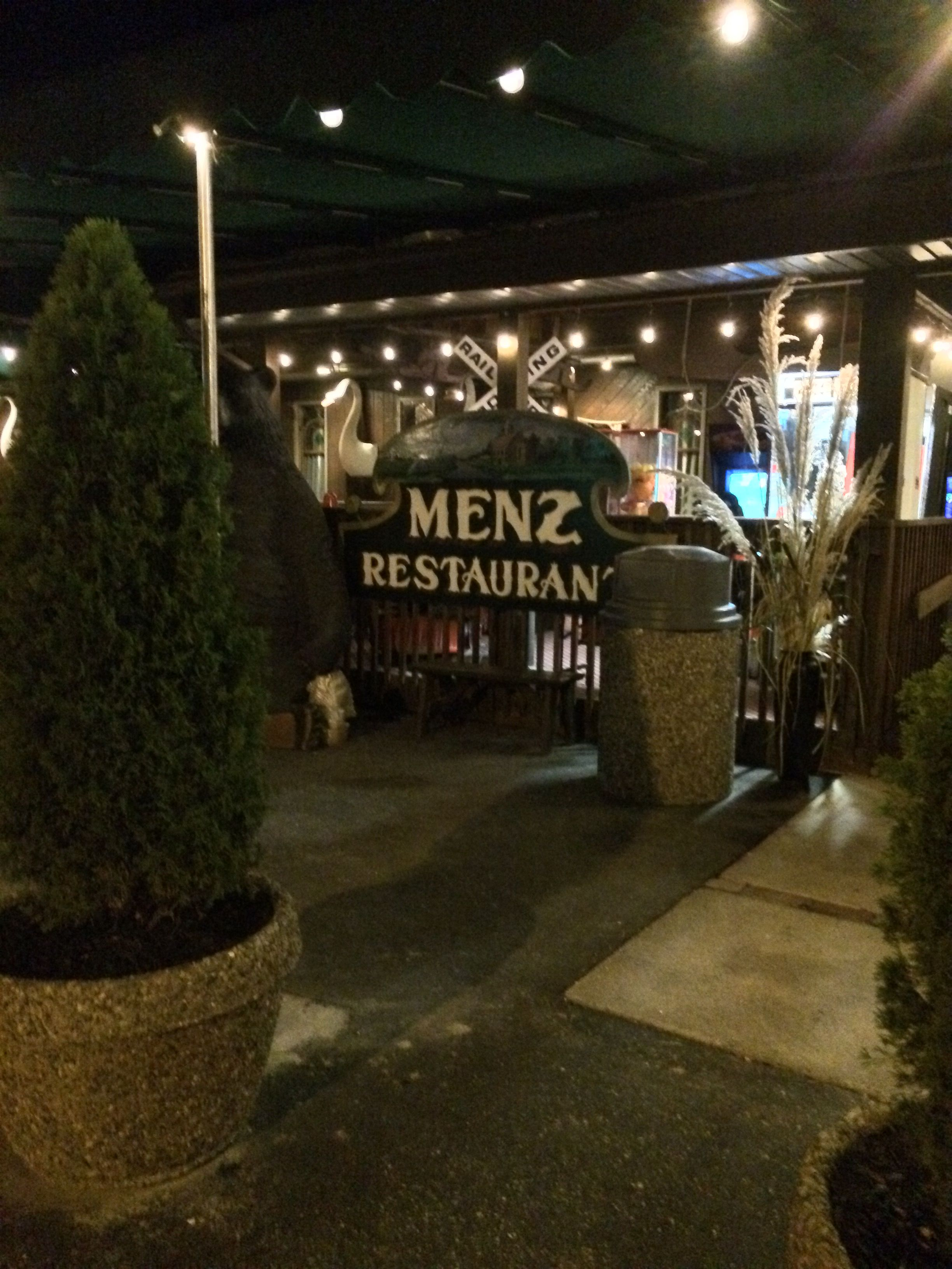 Menz Restaurant 985 Rt 47 South Rio Grande Nj Eating Out In