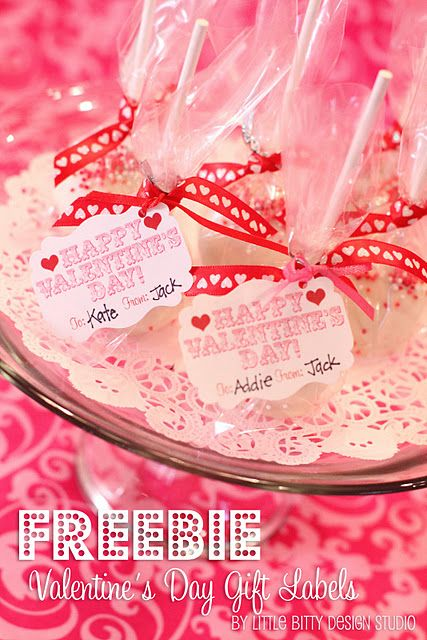 Cute gift labels for Valentine's Day