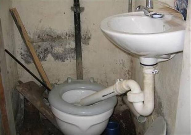 The Winner For The Worst Plumber Of The Year Is 28 Pics Plumber Humor Plumbing Plumbing Humor
