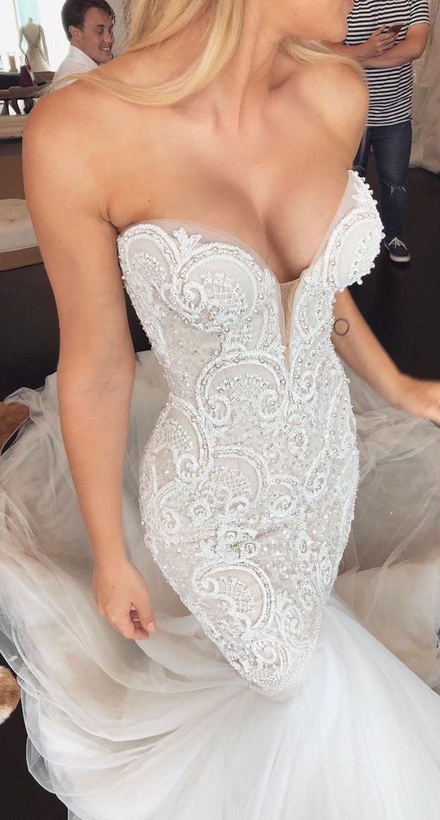 33 Breathtakingly beautiful wedding gowns with amazing details -   - #amazing #beautiful #Breathtakingly #cuteweddingdress #Details #gowns #pandoracharms #pandorarings #wedding #weddingbride