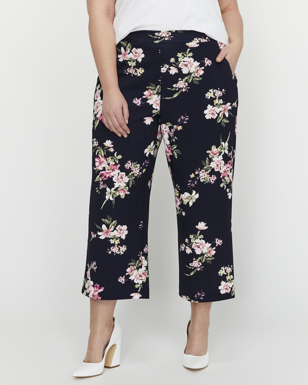 b231a9d583f20 Michel Studio Wide Leg Cropped Printed Pull-On Pant