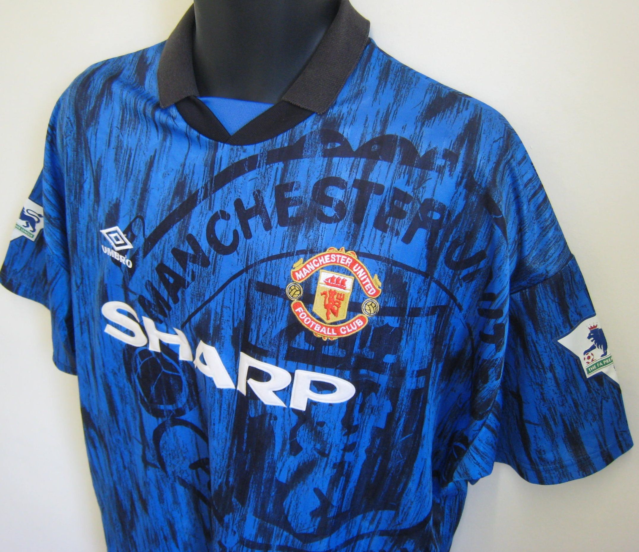 e9f65f829 1993-94 away Manchester United Premier League shirt by Umbro ...