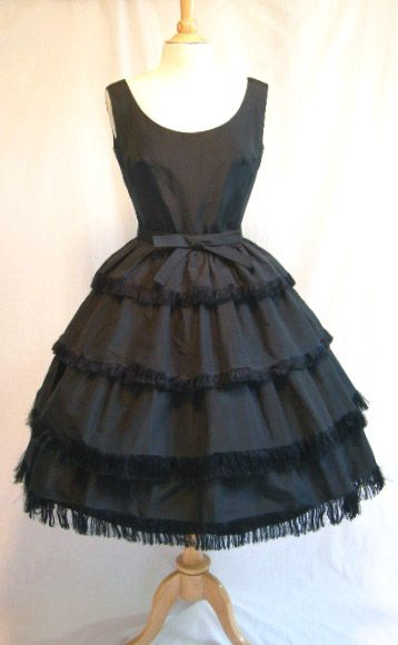 vintage chanel,best of all the little black dress.