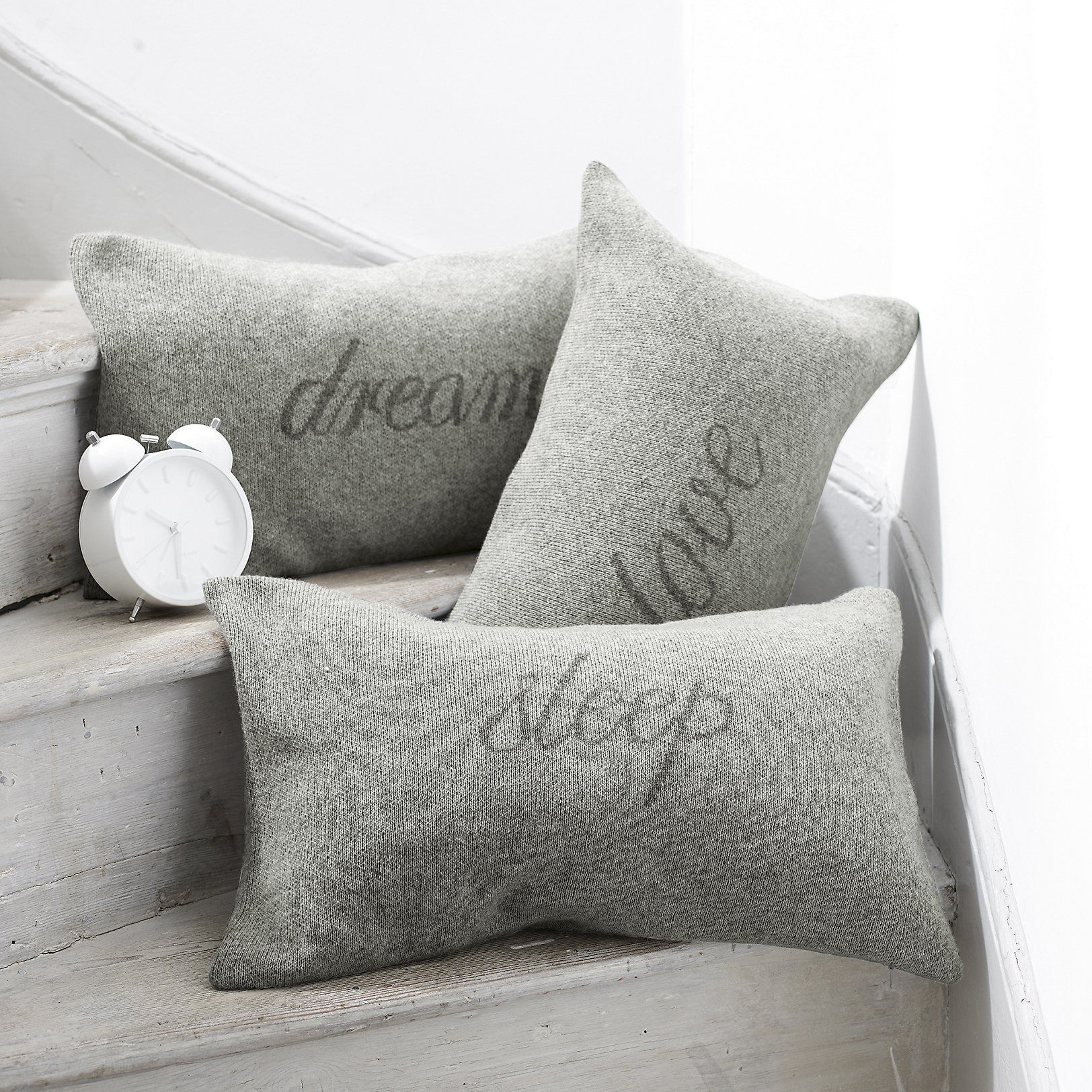 The White pany US Dream Cushion Cover