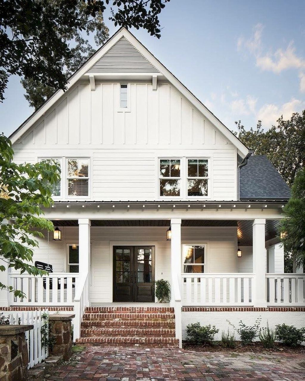90 Incredible Modern Farmhouse Exterior Design Ideas 63: 90 Incredible Modern Farmhouse Exterior Design Ideas (4