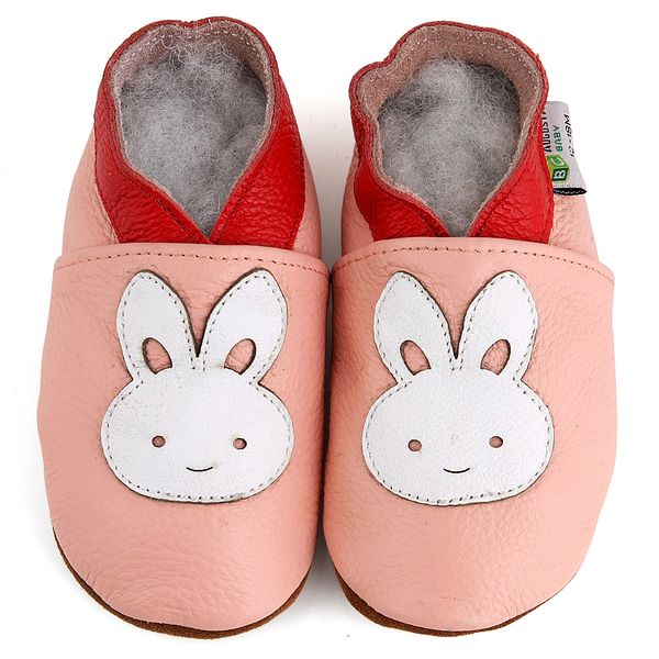 Add to your baby's cute style with these soft sole leather baby shoes from Augusta products.