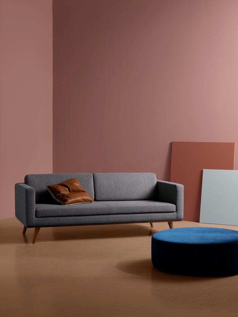 Unser Johan Im Rampenlicht Sofacompany Sofacompany Sofacompany De Danishdesign Furniture Scandinaviandesign Interio Mobeldesign Wohnzimmer Design Sofa