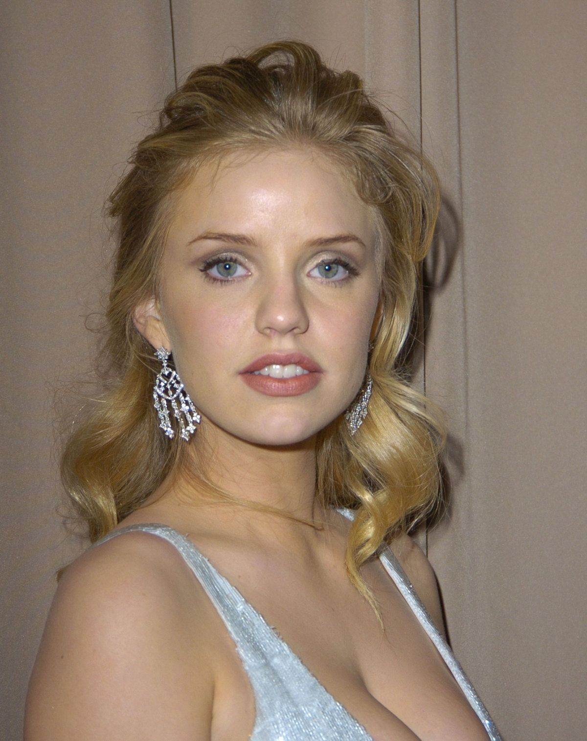 Hot Kelli Garner naked (23 photo), Sexy, Leaked, Feet, cleavage 2019