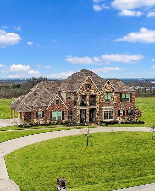 Incredible Stone Brick Home In 2020 House And Home Magazine Luxury Realtor Luxury Real Estate