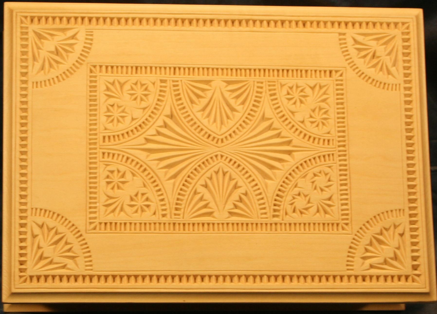 Chip carved box winning design wooden carving